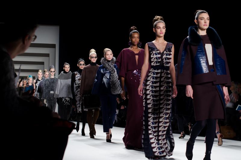 隱藏在數千公里的距離屏障下,替歐美大型服飾品牌製造商品的中國紡織廠,已成為時尚業最大的汙染源之一。