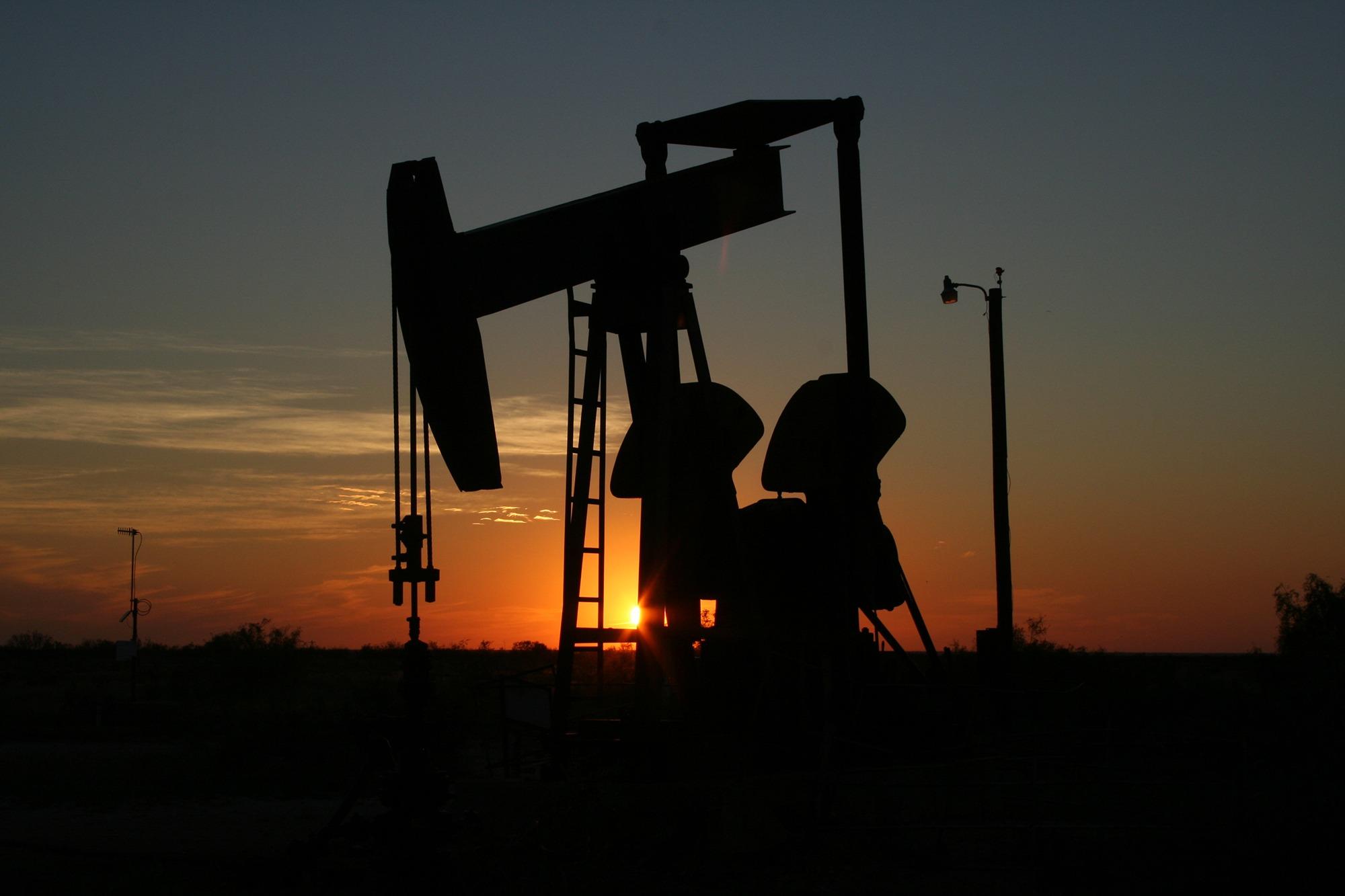 昨(4)日國際油價創3年來最高收盤高點。(圖片來源:Pexels)