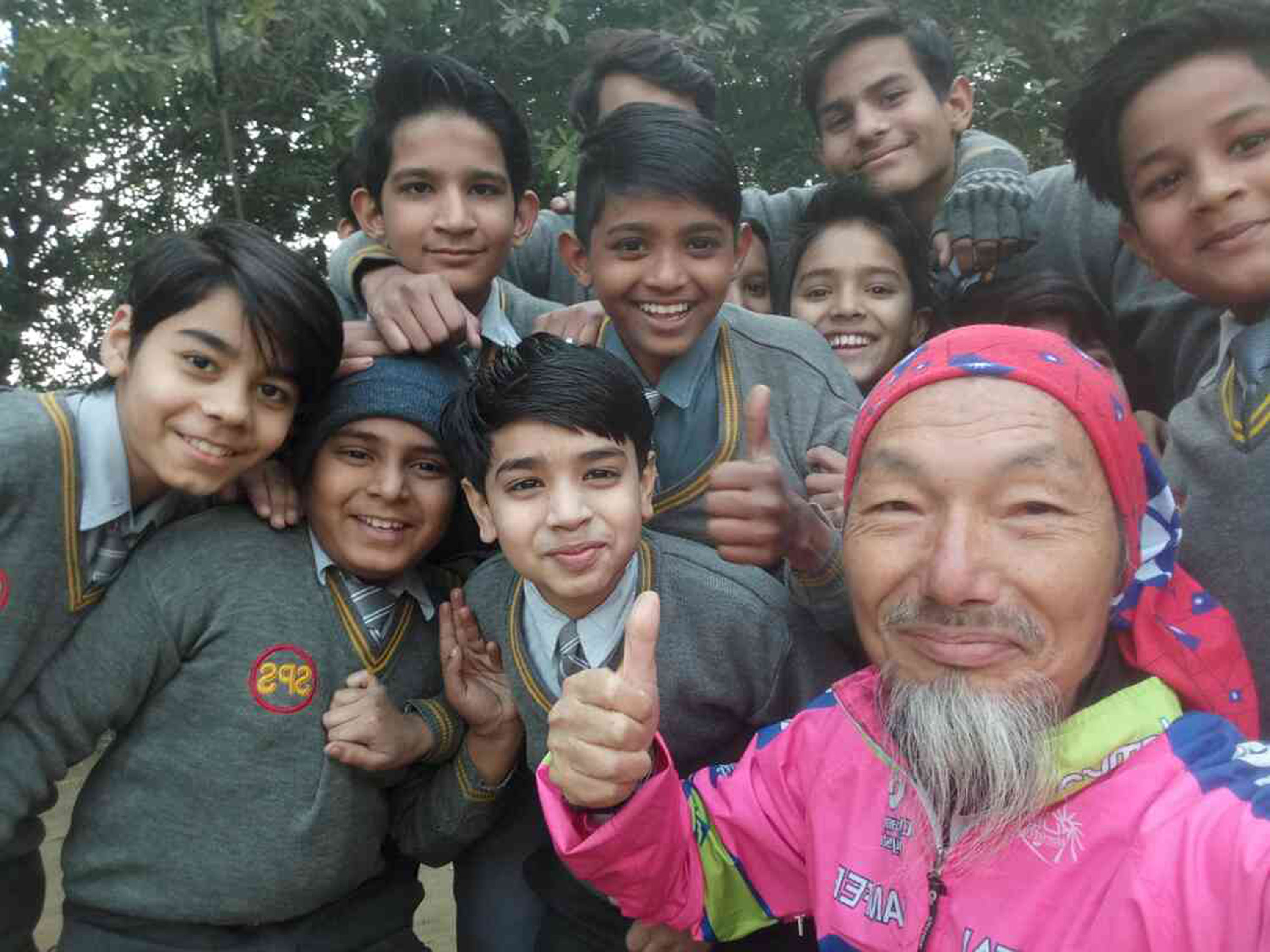 Chen Min-hsien reached New Delhi on his bicycle.