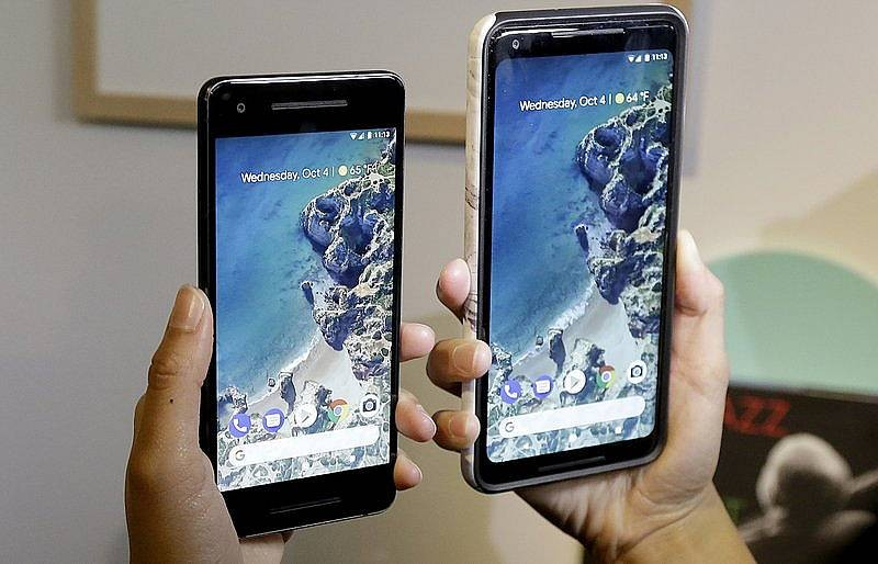 Google does $1.5b phone deal to take on Apple