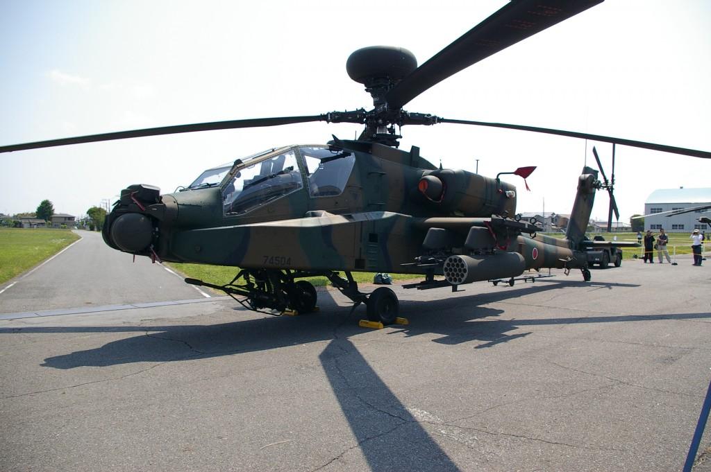 AH-64阿帕契直昇機示意圖(圖片來源:維基百科)