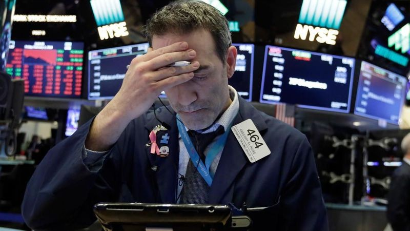 Dow again as much as almost 25000 after main slide