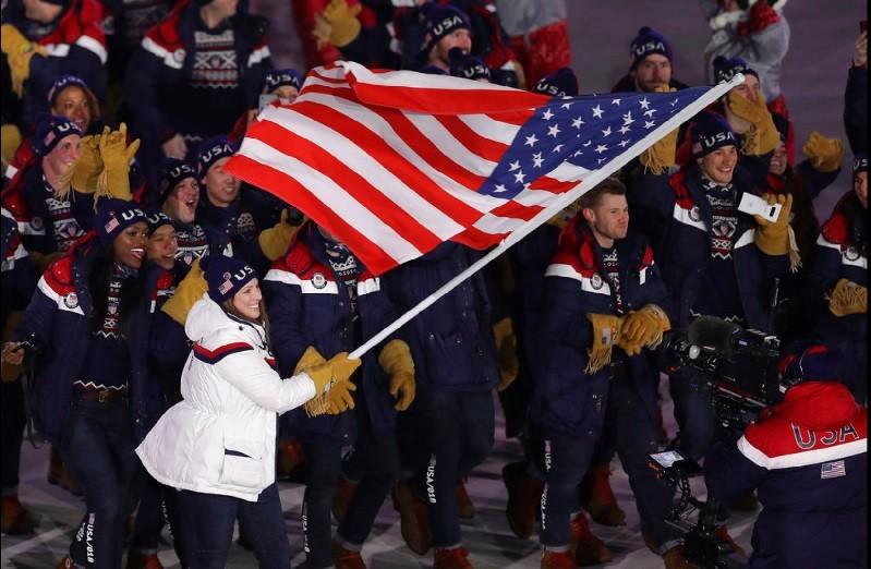 圖為9日南韓平昌冬奧開幕當天 ,美國代表隊進場情形 。美聯社