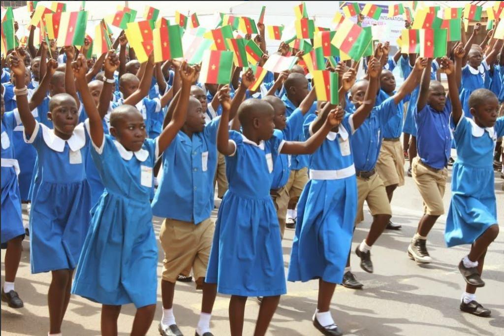 喀麥隆兒童慶祝青年節(圖片來源:截取自La CNPS Cameroun推特)