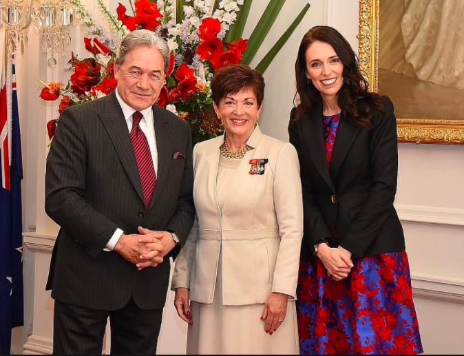 右一為紐西蘭總理阿德恩