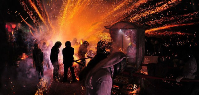 The world-famous Yanshui Beehive Fireworks Festival in YanshuiDistrict of Tainan, southwestern Taiwan (photo from Tourism Bureau)
