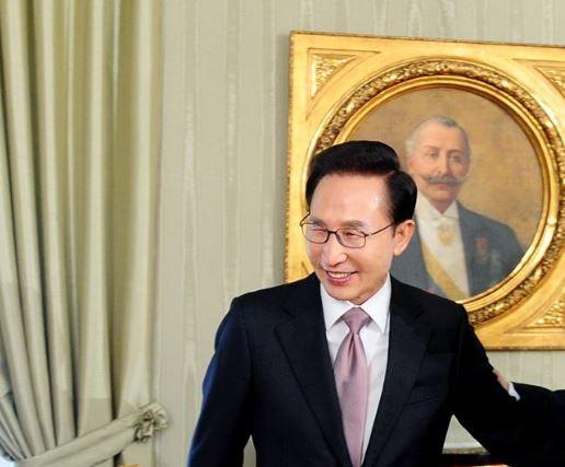 南韓總統李明博(圖片來源:翻攝自李明博臉書)