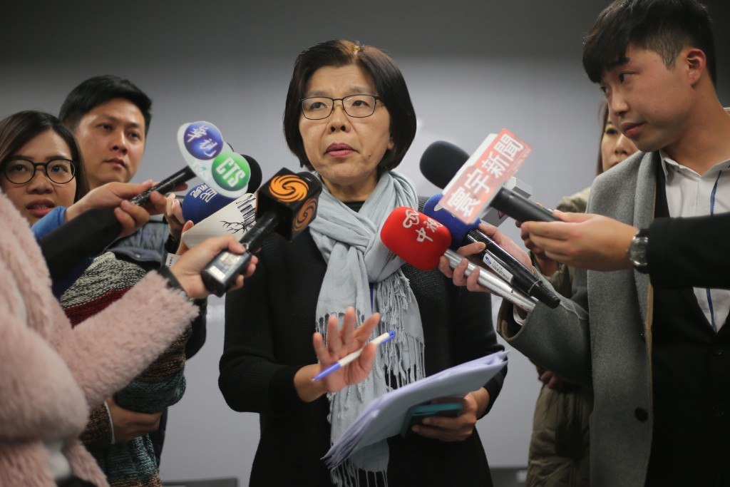 Ill-Gotten Party Assets Committee spokeswoman Shih Chin-fang explains the case against the former NWL leader.