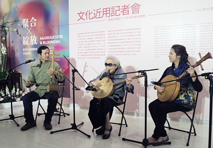 Yang Xiu-qing has been touring Taiwan for 62 years.