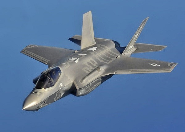 The F-35 Lightning II (Photo courtesy of Wikipedia)