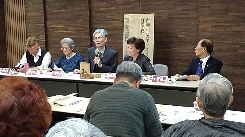 自左至右依序為陳永興、張富美、盧世祥、張慶惠、王南傑 。 (台灣英文新聞/宇妍 攝影)