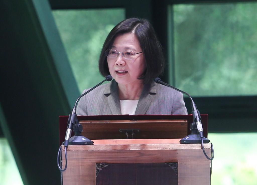 圖為總統蔡英文(圖)3日出席第20屆國家文藝獎贈獎典禮。中央社