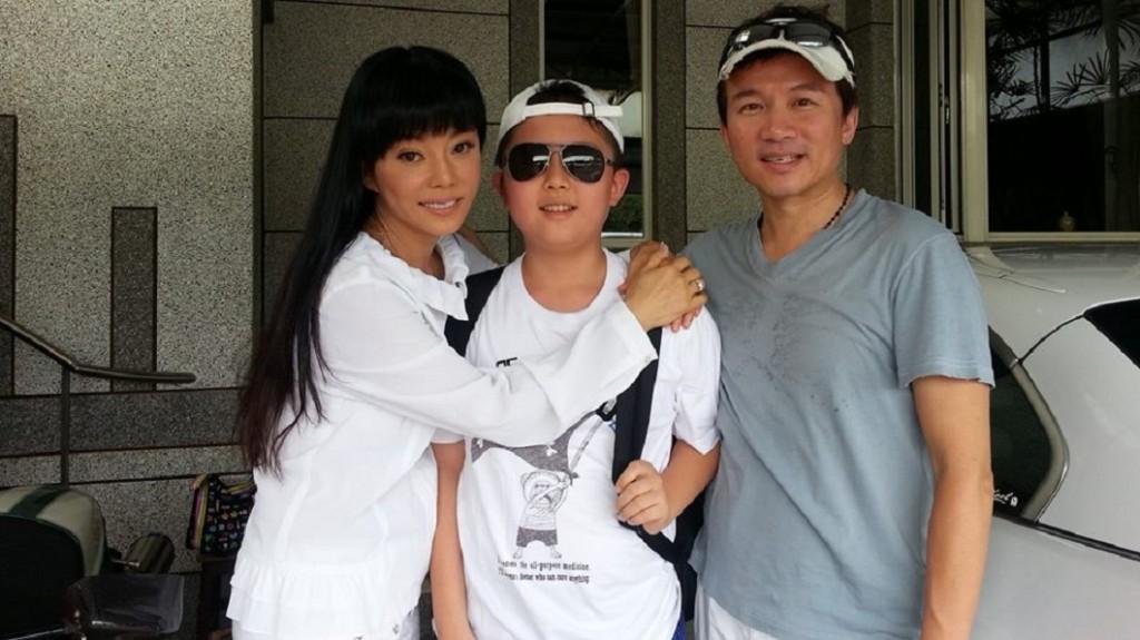 Di Ying (left), An Tso sun (center), and Sun Peng (right). (Di Ying FB page)