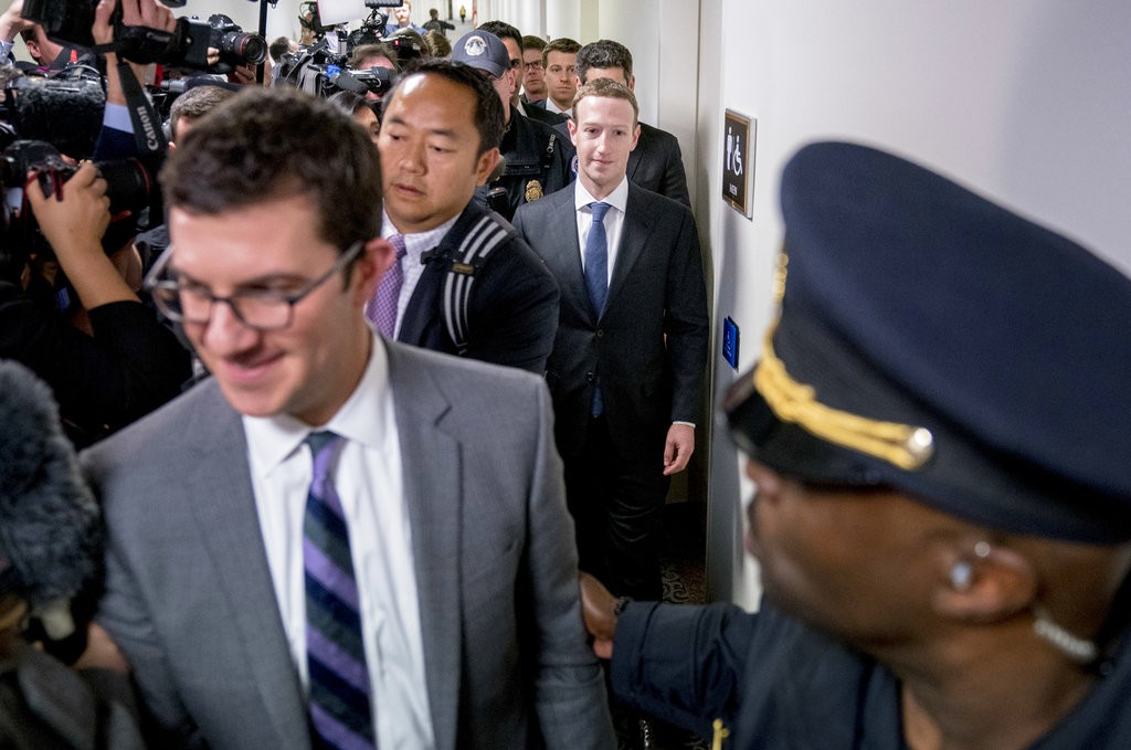 祖克柏前往美國國會 將向議員和民衆致歉