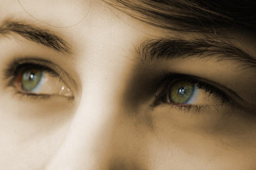 (圖片來源:Rickydavid Eyes | by Rickydavid)