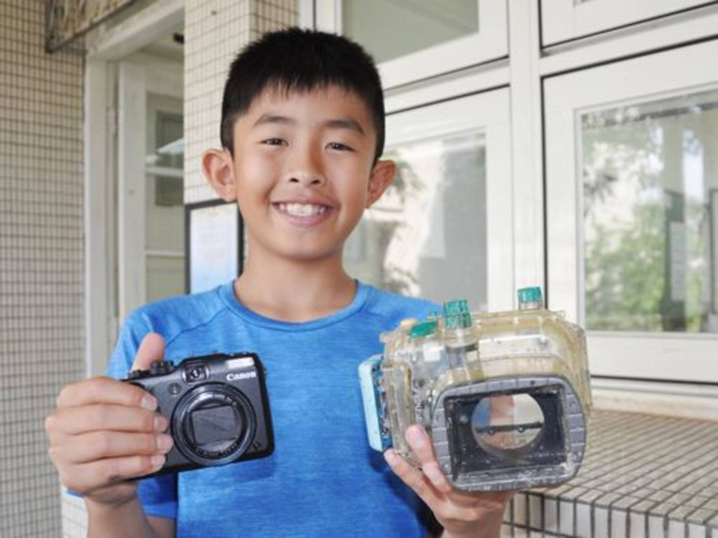 Japanese woman whose lost camera was found in Taiwan visiting school today