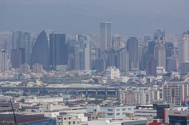 Taichung skyline (Image from Flickr user Maggie Hung)