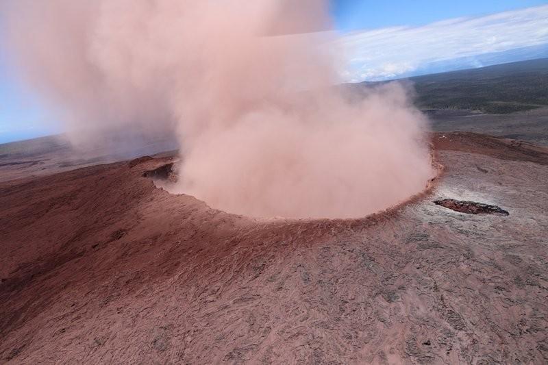 夏威夷幾勞亞火山3日開始噴發(美聯社)
