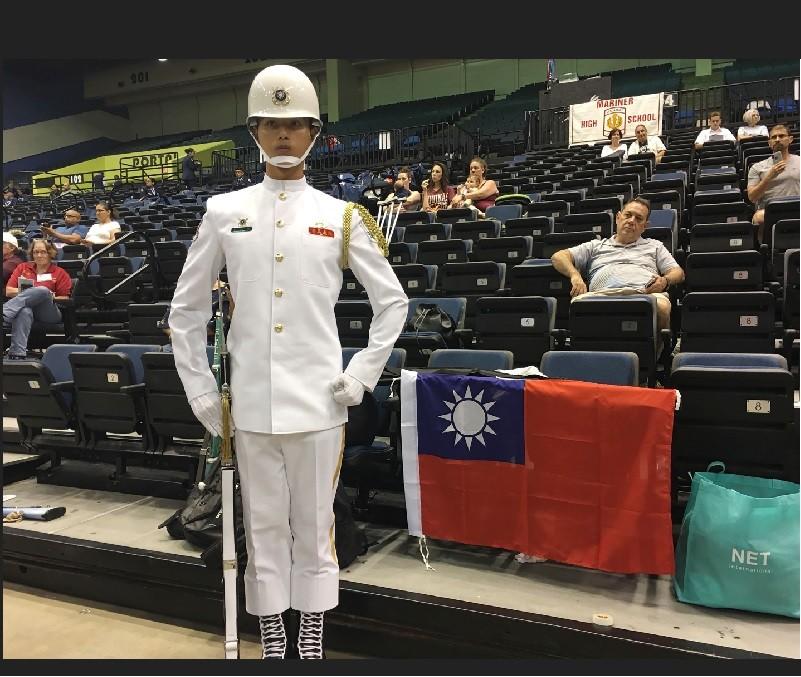 海軍儀隊隊員蘇祈麟,5日在美國參加「世界儀隊錦標賽」。中央社