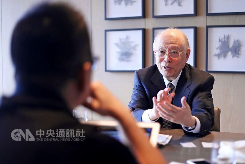 2001年諾貝爾化學獎得主日本化學家野依良治建議台灣鬆綁限制,打造諾貝爾獎得獎環境。(圖/中央社)