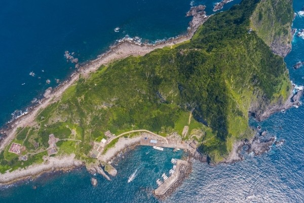 Keelung Islet resembles shark.