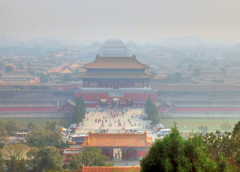 Forbidden City on polluted day in Beijing. (Image from goodfreephotos.com)