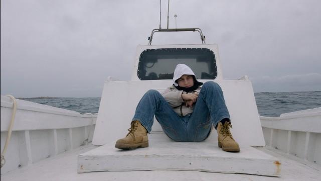 首部獲柏林影展金熊獎紀錄片《海上焰火》府中15獻映