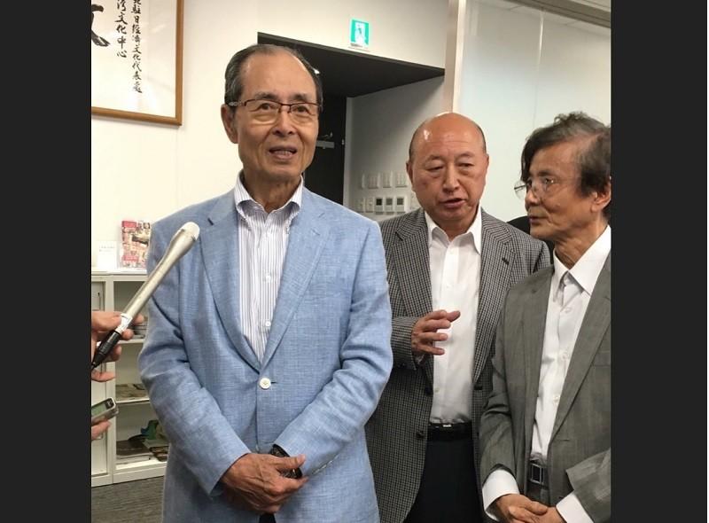 圖為王貞治5月10日參觀「台日雕塑淵源展」活動。中央社