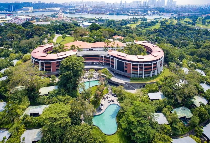 新加坡嘉佩樂酒店(圖/臉書Capella Singapore)