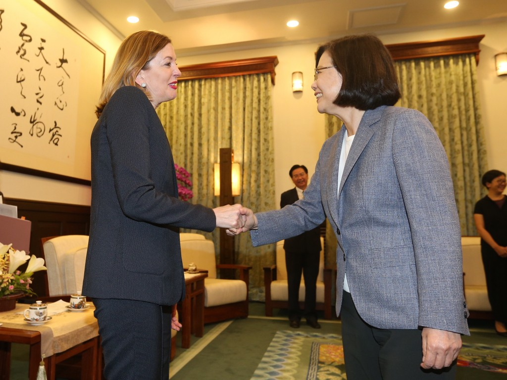 President Tsai Ing-wen (right) welcomes U.S. Assistant Secretary of State Marie Royce.