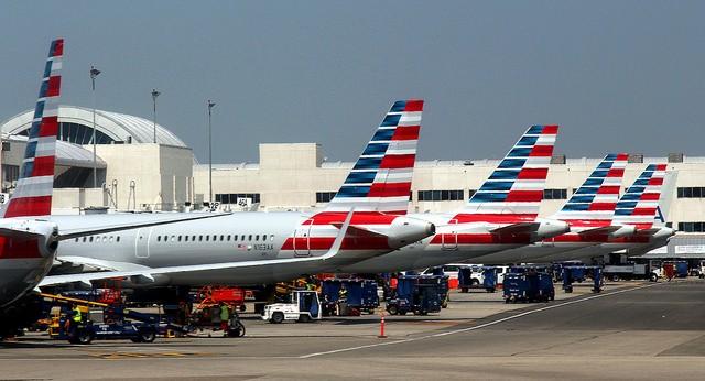 American Airlines Fleet at LAX, U.S. (Flickr user: Prayitno)