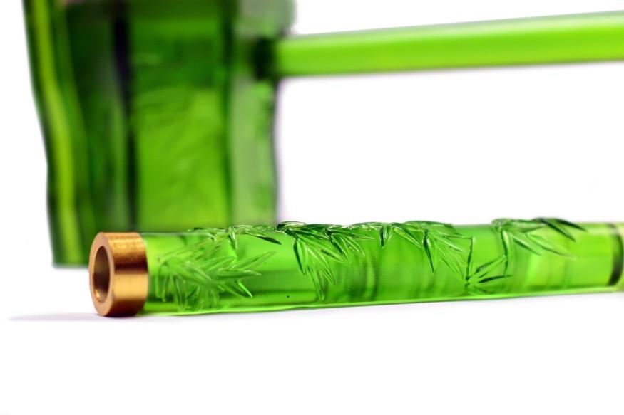 琉暢公司產品:琉璃二胡 (照片由中華民國證券櫃檯買賣中心提供)