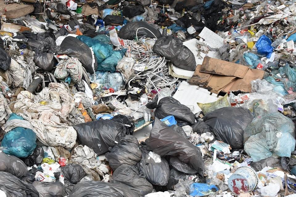 垃圾示意圖(翻攝自Pixabay)