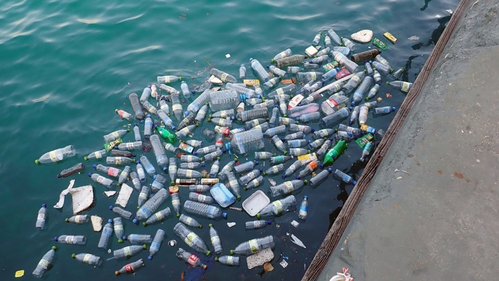 The final destination of UK plastic shifts from China to Southeast Asian nations. (Image from Max Pixel)