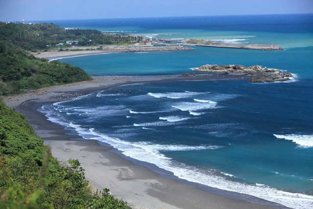 Taiwan's Top 5 Surfing Destinations