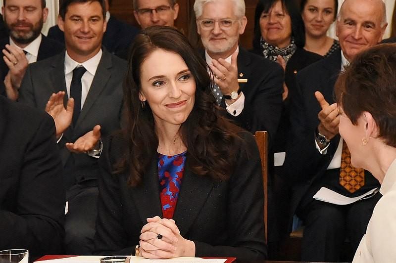 紐西蘭最年輕的女性總理阿爾登(Jacinda Ardern)表示請產假期間仍堅持參與國家重要決策的擬定 (圖片來源:wikimedia)