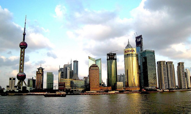 Shanghai skyline (Flickr user: Travis Wise)