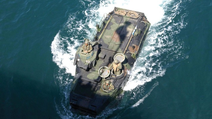 The AAV7A1 in water (Image from BAE Systems)
