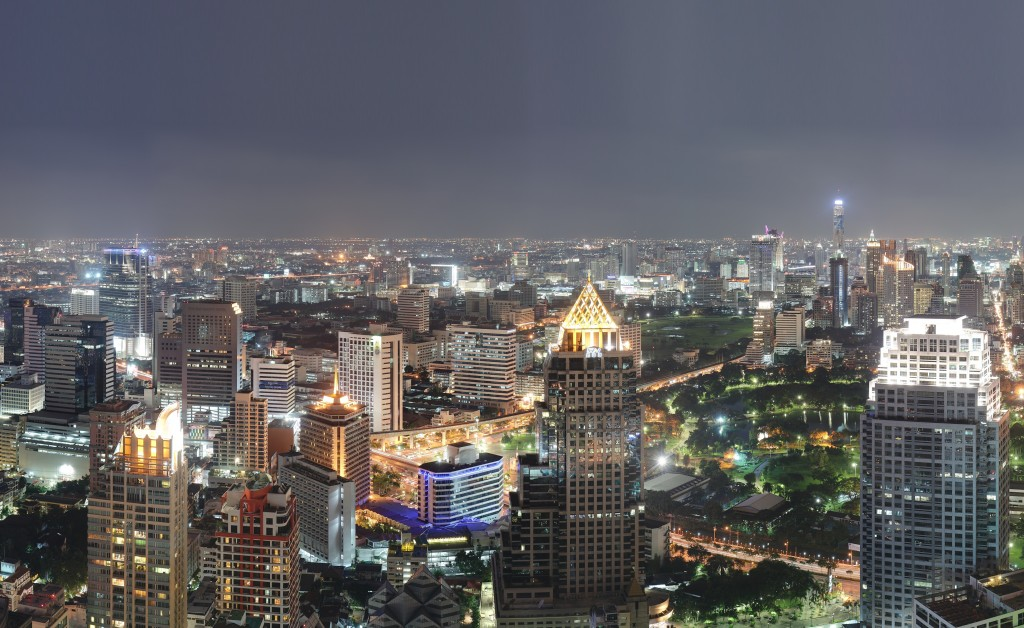 Bangkok night view (Image courtesy of Benh Lieu Song/ Wikipedia)