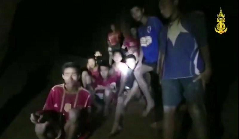 泰國受困洞穴足球隊師生成功尋獲(美聯社)