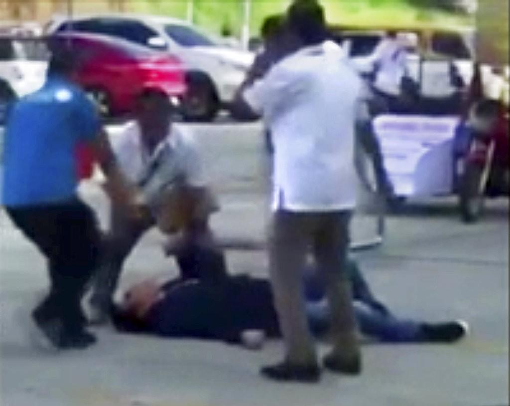 菲律賓市長遭擊斃現場照片(美聯社)