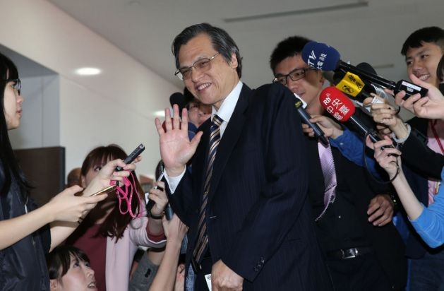 MAC Minister Chen Ming-tong