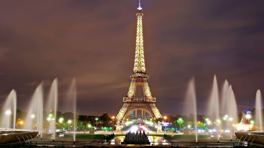 艾菲爾鐵塔 (照片來源:pixabay)
