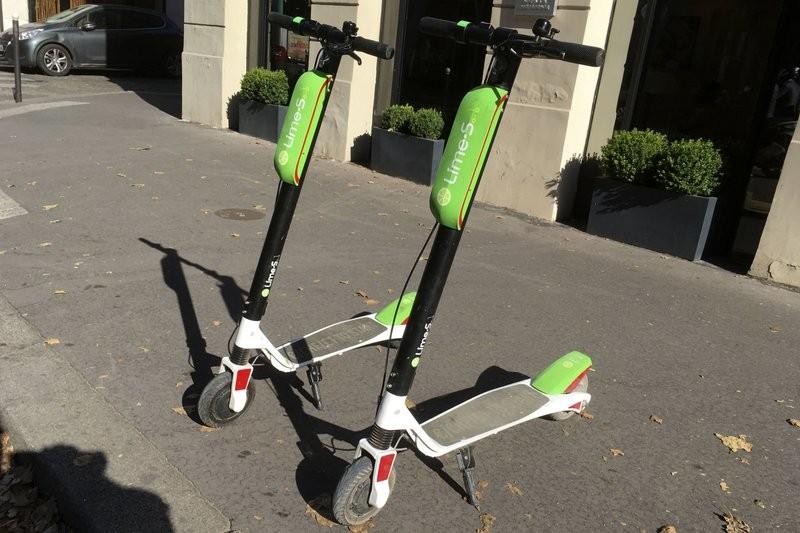Uber結盟Lime,推出電動滑板車租借服務(美聯社)