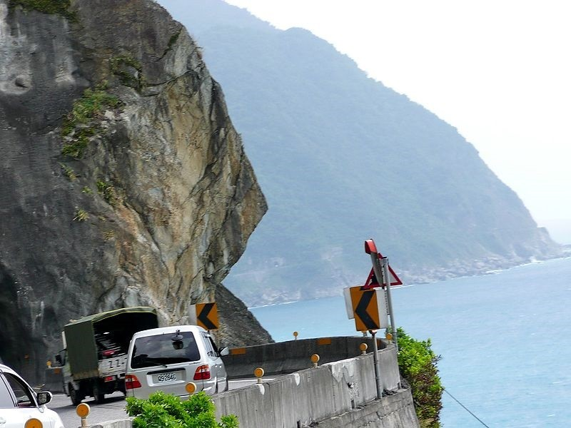 Taiwan's highway authority heightens control of more than 10 highways during typhoon
