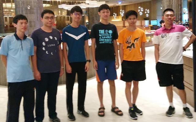 由左至右:黃維坪、鄭天盛、林庭風、王師宇、施佑昇、鄭容濤 (圖片來源:教育部)