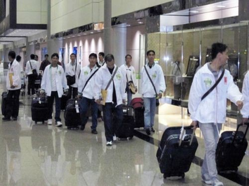 Vietnamese workers arriving in Taiwan.