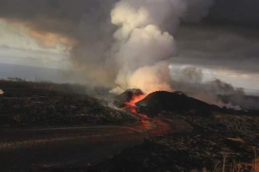 夏威夷基拉維亞火山爆發空拍圖<圖片來源:美聯社>
