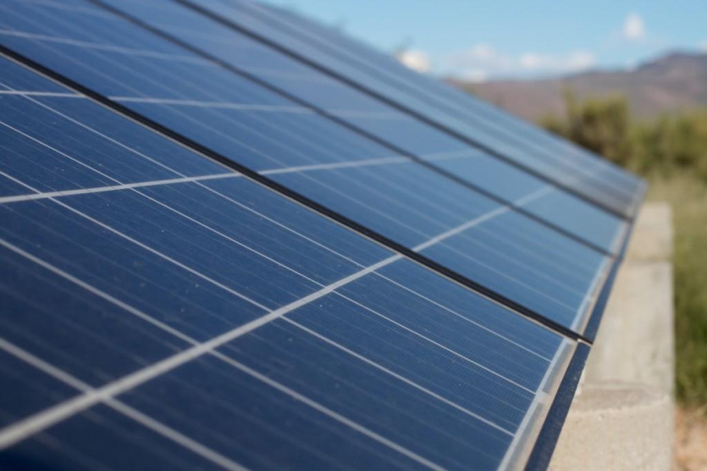 Solar panels. (Image courtesy of Pxhere)