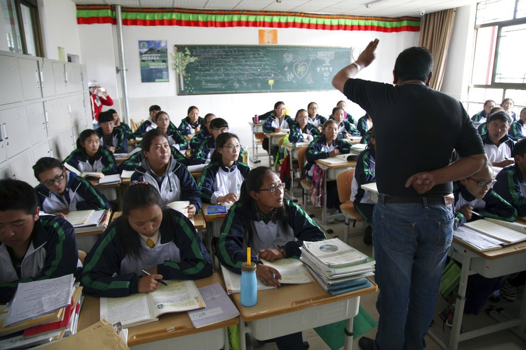 西藏學生(美聯社)